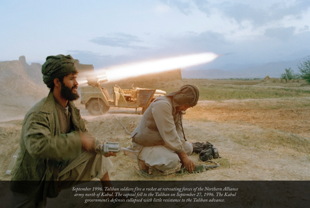 Robert Nickelsberg - Sept 1996 - Taliban Forces firing at Northern Alliance