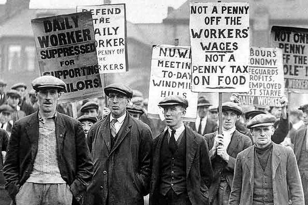 workers-demonstrating-during-the-general-strike-of-1926-pic-dm-304443606.jpg
